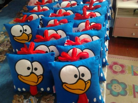 lembrancinha-festa-galinha-pintadinha-2